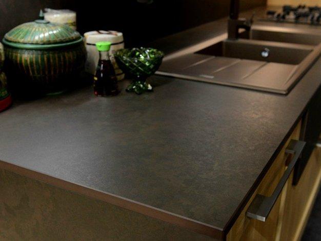 Piano cucina: tutti i materiali, le forme ed i colori per la ...