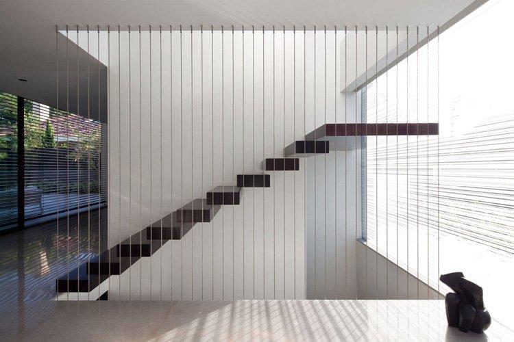 Scale moderne di design: materiali e foto di esempi