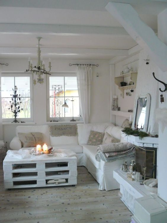 colore bianco shabby chic