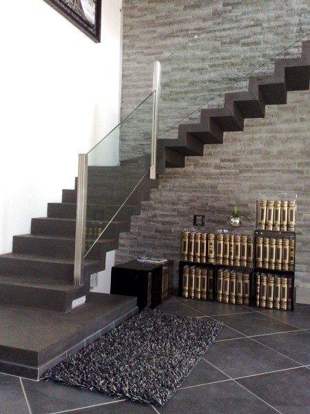 Rivestimento scale interne consigli e foto di esempi - Scale interne pietra ...