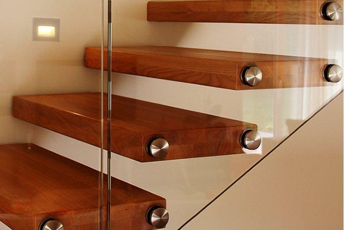 Rivestimento scale interne consigli e foto di esempi - Scale interno casa ...