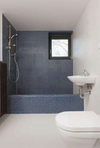 Vasche in muratura a mosaico o in cemento: soluzioni e idee - Designandmore: arredare casa