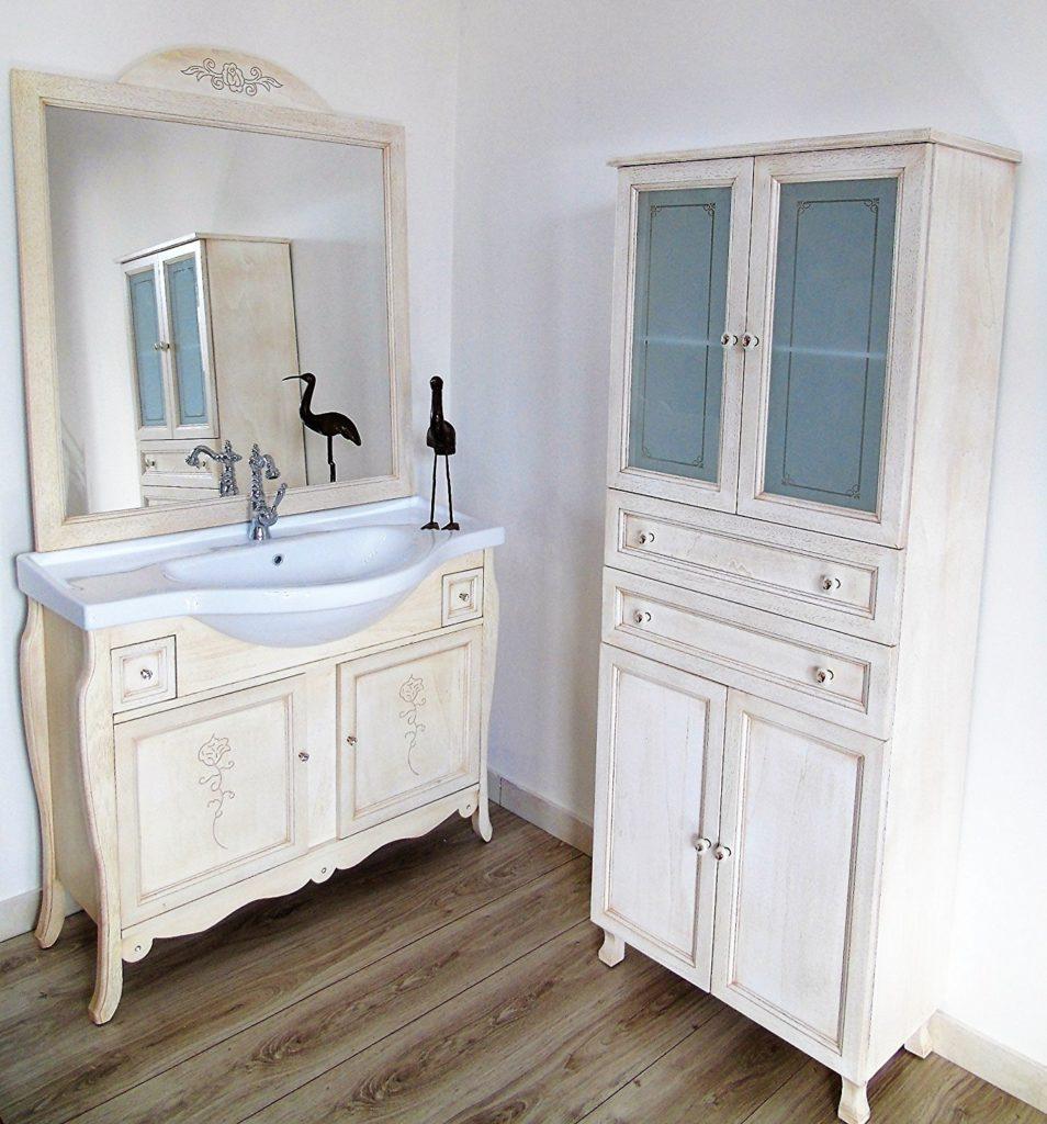 mobili shabby chic per il bagno il soggiorno proposte
