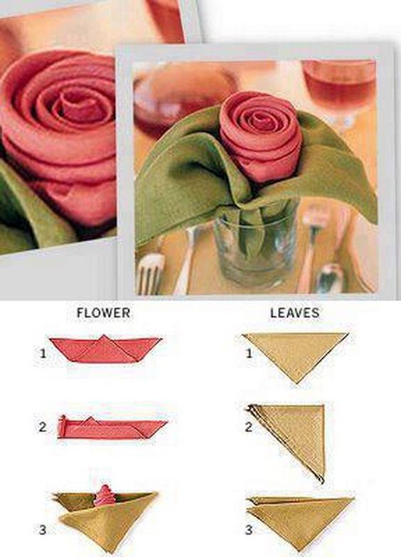 come piegare un tovagliolo a rosa