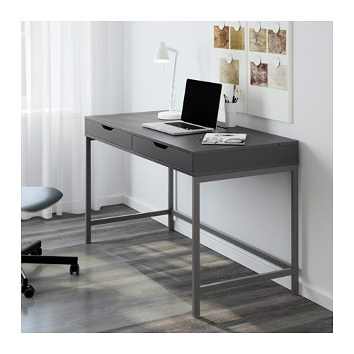 scrivanie ikea modelli per ogni esigenza e stile anche professionali designandmore arredare. Black Bedroom Furniture Sets. Home Design Ideas