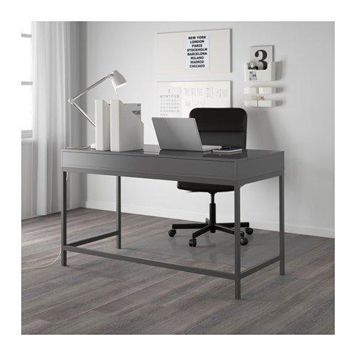 Scrivanie ikea modelli per ogni esigenza e stile anche for Scrivanie ufficio ikea