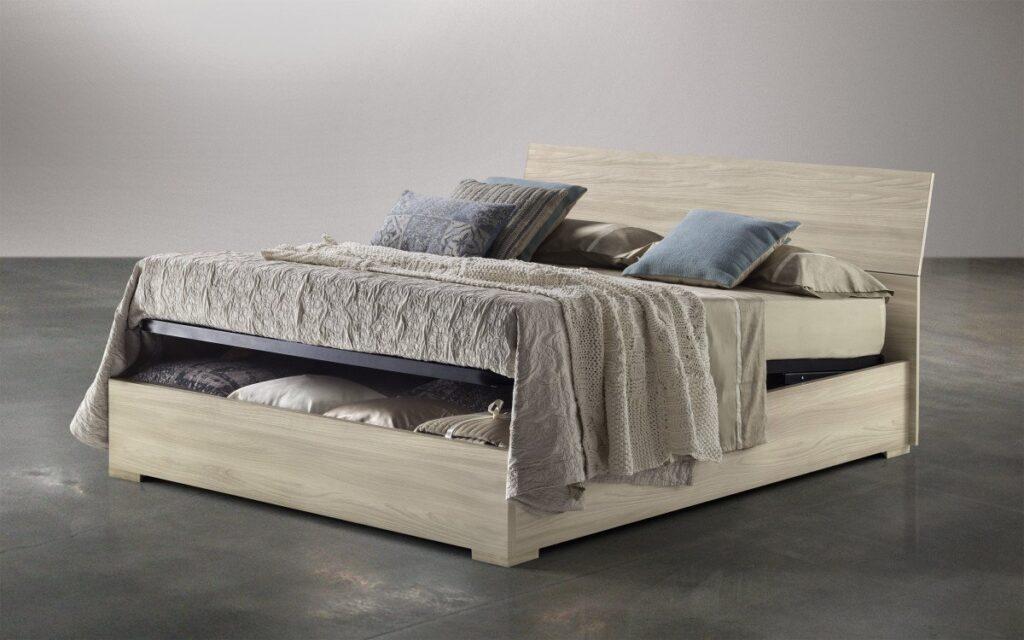Mondo convenienza letti ferro battuto in legno e imbottiti for Mondo convenienza letto contenitore