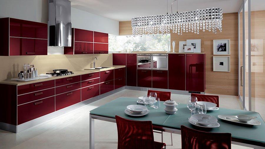 cucina colore rosso