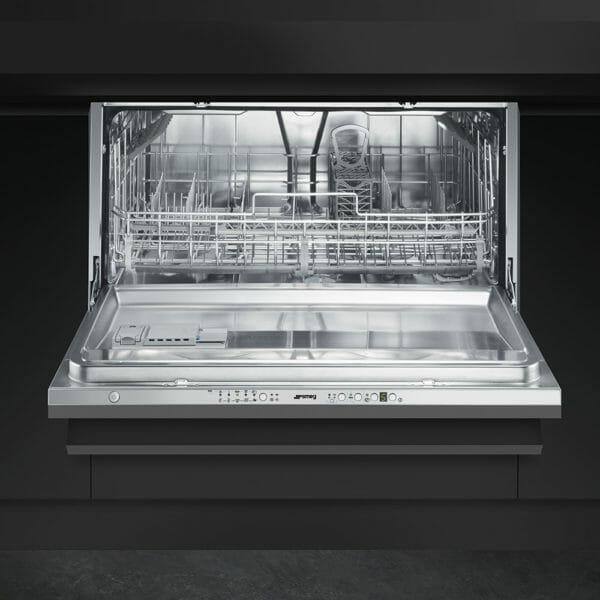 lavastoviglie smeg
