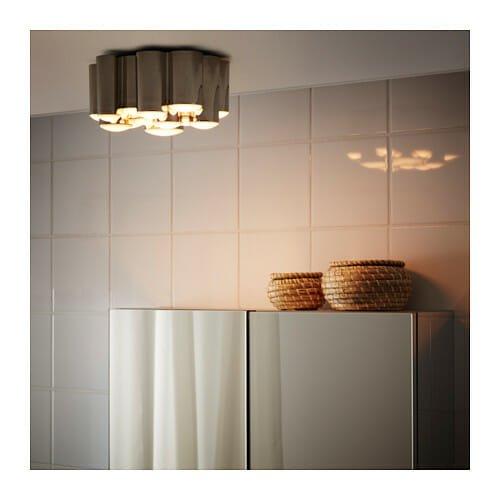 plafoniera led vantaggi e recensioni di alcuni modelli sul mercato. Black Bedroom Furniture Sets. Home Design Ideas