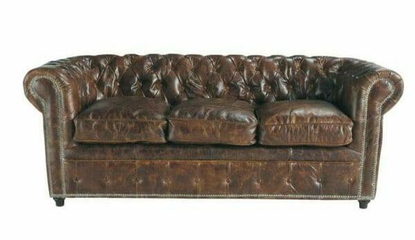 Divano chesterfield storia materiali forme e recensioni di modelli designandmore arredare casa - Piccolo divano imbottito ...