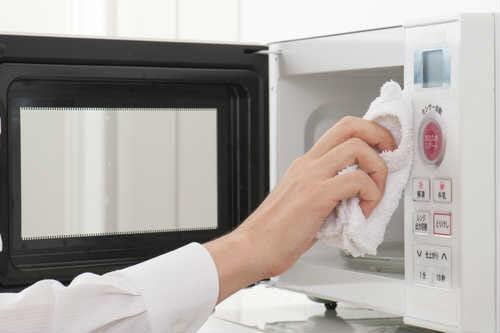 pulizia microonde all'esterno