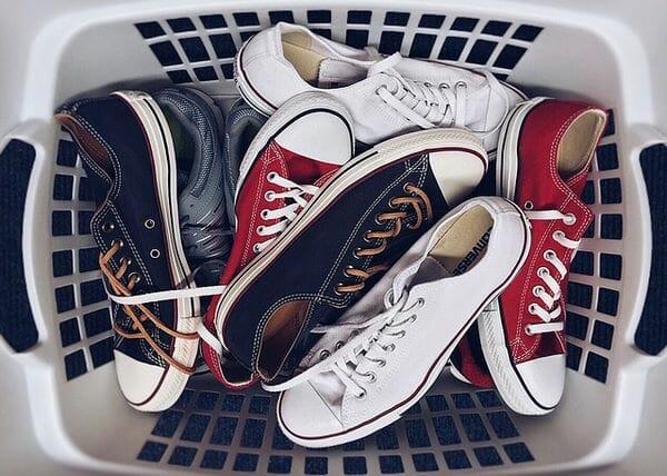 come lavare scarpe in lavatrice