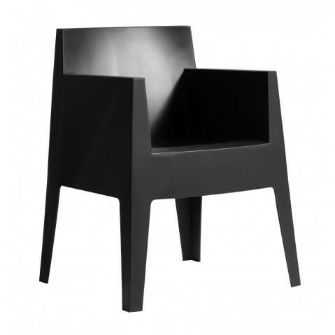 Photo of Selezione di sedie, tavoli per interni ed outdoor dal catalogo della Driade Mobili