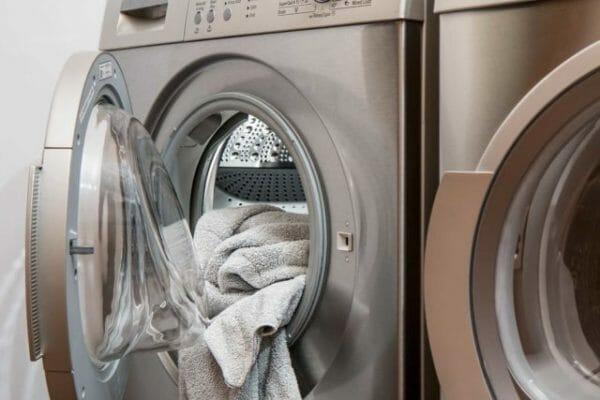 quali vestiti non mettere in asciugatrice