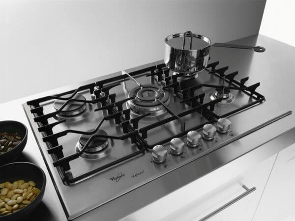 Pulire Piano Cottura : Come pulire il piano cottura in acciaio inox vetro o a