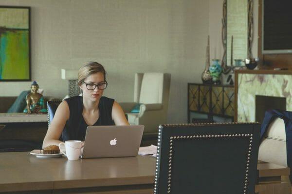 come scegliere il tavolo da pranzo - tavolo da lavoro