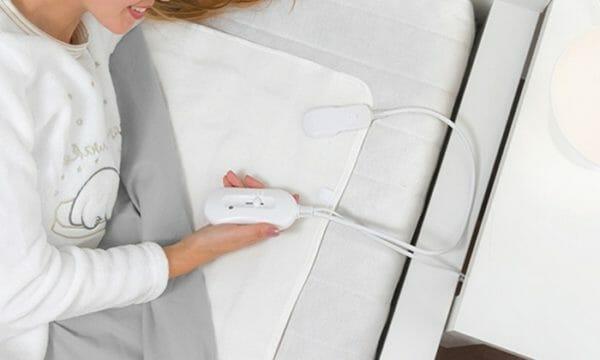 Photo of Coperta elettrica o scaldaletto? Cosa scegliere per riscaldare il letto in piena sicurezza e comfort