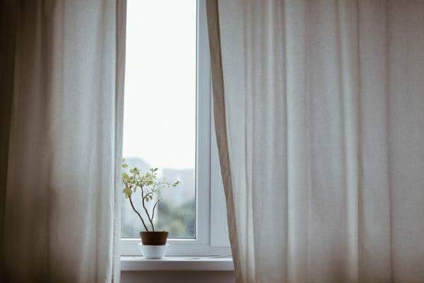 Cabina Armadio Tenda Polvere : Come lavare le tende in lavatrice: cotone lino poliestere