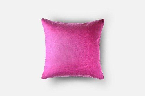 cuscino in colore fucsia
