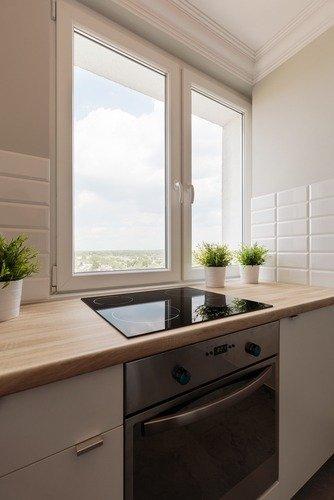 Cucina con finestra: come renderla più luminosa in maniera naturale ...