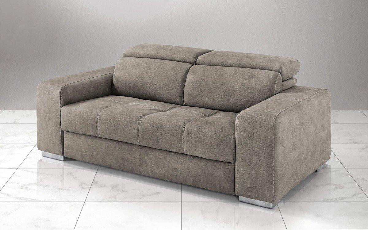 Mondo convenienza divani due e tre posti divani letto ed for Divano viola
