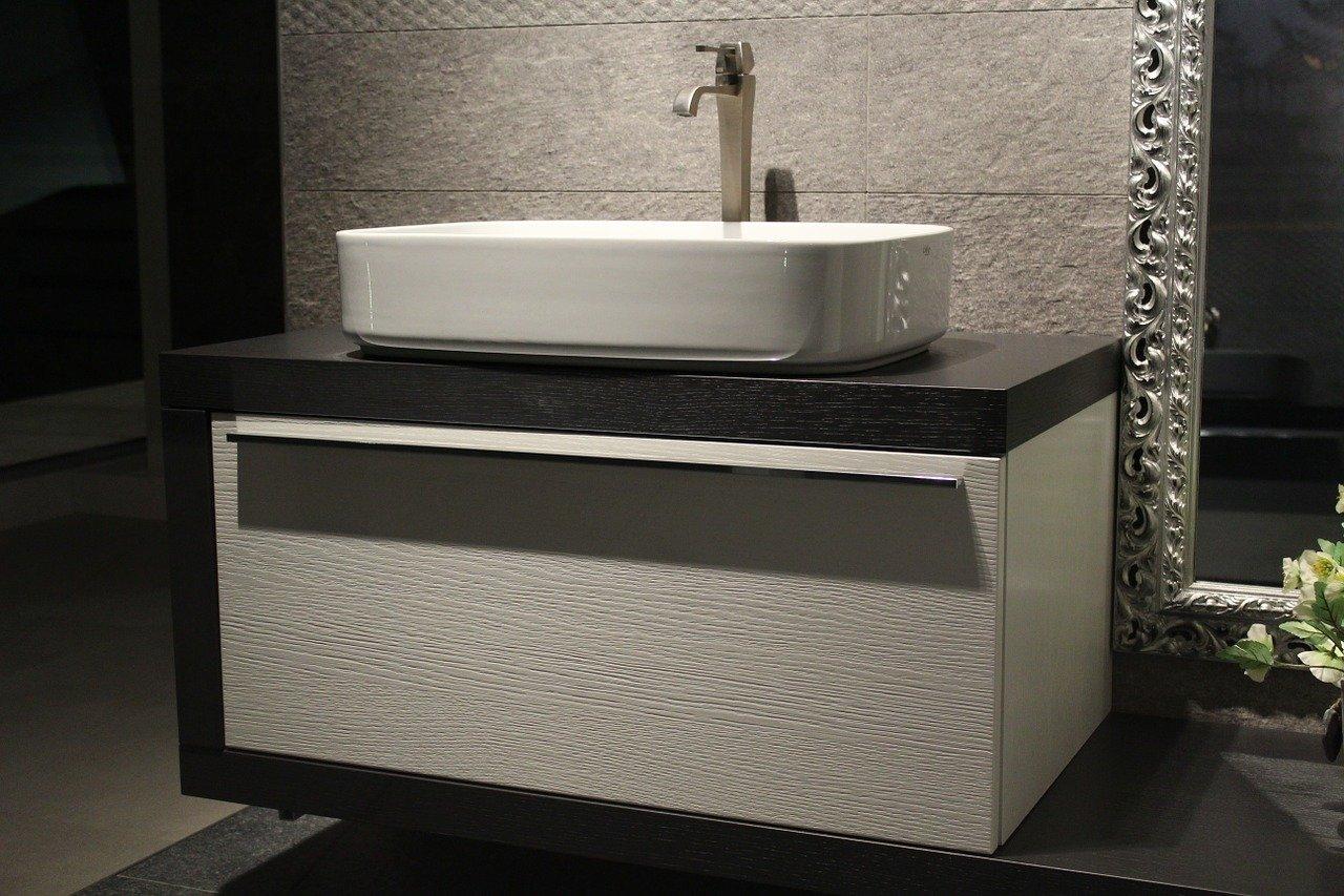 Photo of Perché scegliere dei mobili bagno sospesi? per spazio, bellezza e praticità