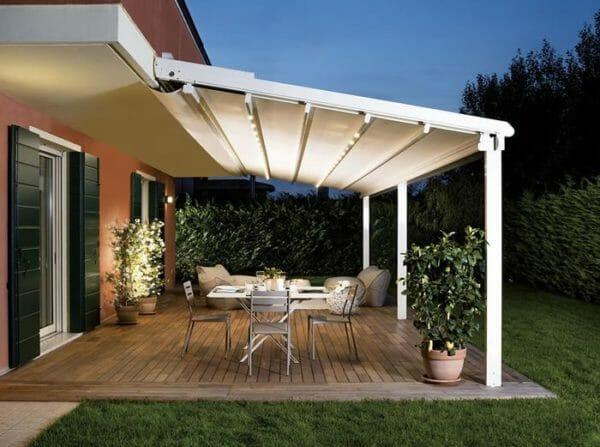 Tenda da esterno tipologie tessuti materiali e colori da scegliere designandmore arredare casa - Arredamenti per giardini e terrazzi ...