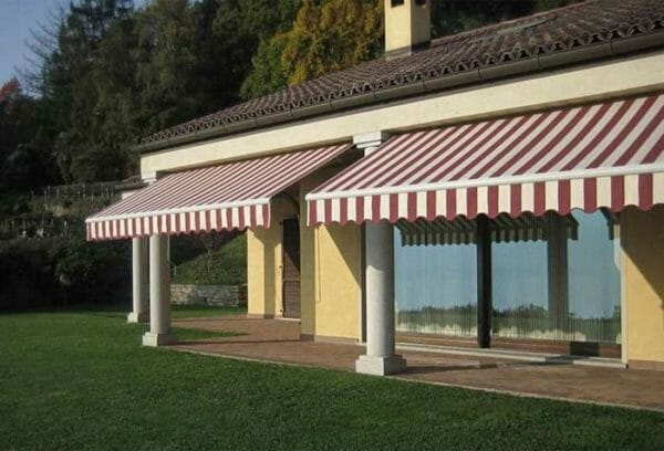 Tenda da esterno tipologie tessuti materiali e colori da scegliere designandmore arredare casa - Oscurare vetri casa ...