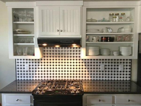 pareti color avorio in cucina shabby