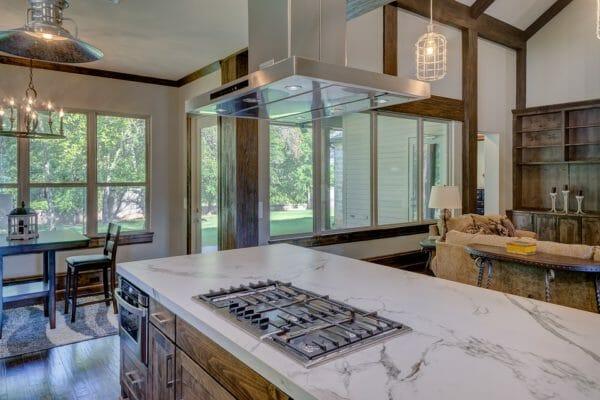 cucina di lusso con isola